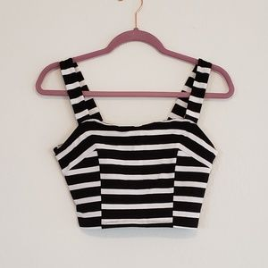 NWT Express Black White Cute Crop Top Shirt